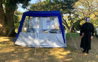 Our epidemiologically approved COVID testing tent & Drive-through host